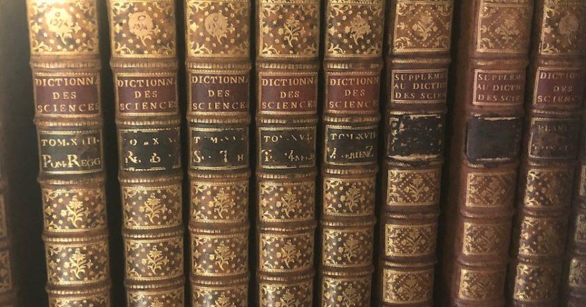 Reliure de l'encyclopédie